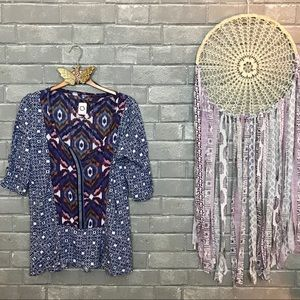 akemi+kin // blue purple ikat tribal print tee m